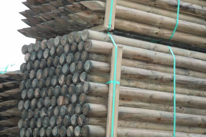 100 mm Kiefer/Fichte-Pfähle zylindrisch gefräst, gespitzt Kopf gefast, KDI, Länge 3,50 m_1