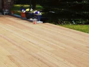 Sibirische Larche Terrassendielen Holzhandel Deutschland