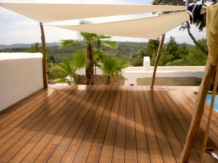 CoBAM-Bambus-Terrassendiele-Exclusive-Select-coffee-seitl-genutet-stirnseitig-N-F-franz-glatt-vorgeoelt