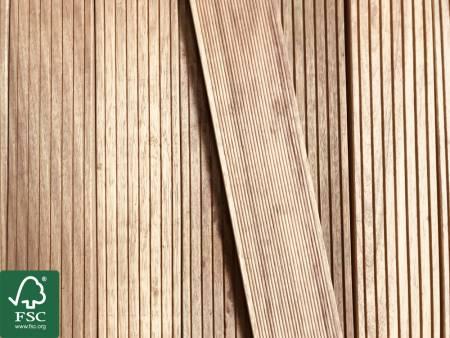 Guyana Teak (Basralocus) FSC 100% Terrassendielen, 25x140 mm, KD, grob/fein T7_1